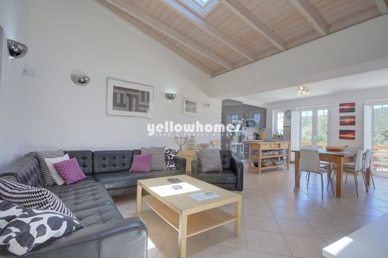 Charming 3 bed villa with guest annex and wonderful country views near Loule